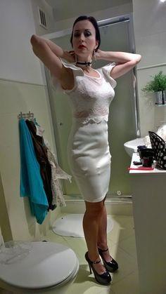 Visible Garter Bumps Under Tight White Dress Garter