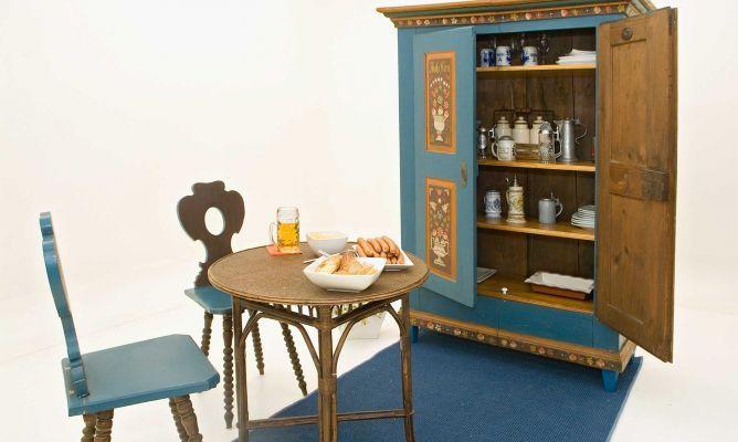 17 mejores ideas sobre armario antiguo en pinterest - Muebles antiguos malaga ...
