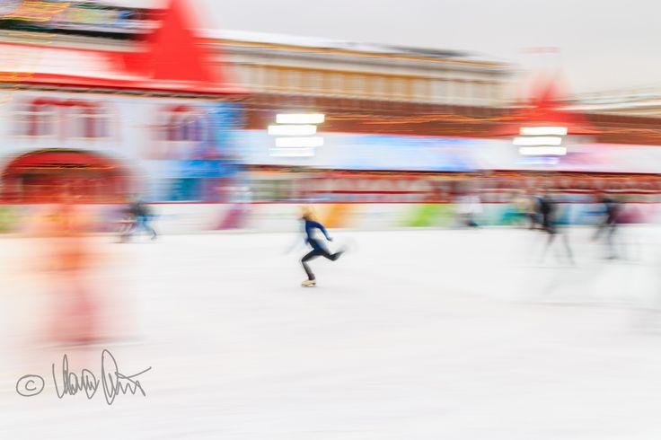 Pattinaggio sul ghiaccio a Mosca - Marco Moriconi - Pattinaggio sul ghiaccio #pattinaggio #pattinaggiosulghiaccio #piazzarossa #mosca #moscow #redsquare #skating #iceskating #skatingonice