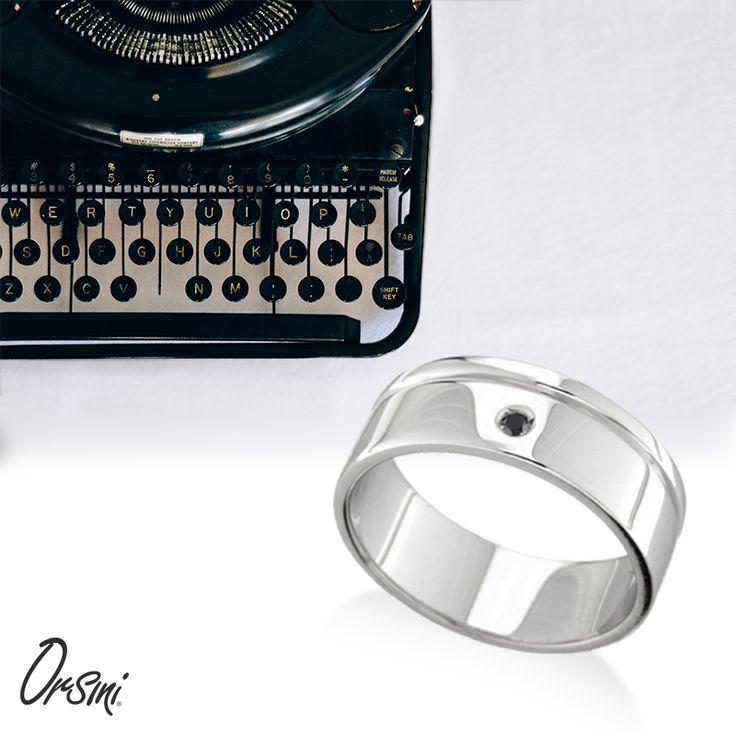L'uomo con una personalità forte e decisa ama la tradizionale bellezza dei gioielli fatti a mano e la modernità dello stile #Orsini  #Perlui sul nostro store online
