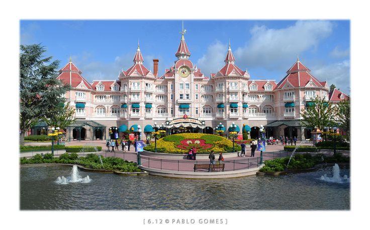 Parque Disneylandia de Paris / Disneyland Park Paris [2010 - Paris - França / Francia / France] #fotografia #fotografias #photography #foto #fotos #photo #photos #local #locais #locals #cidade #cidades #ciudad #ciudades #city #cities #europa #europe #churches #turismo #tourism