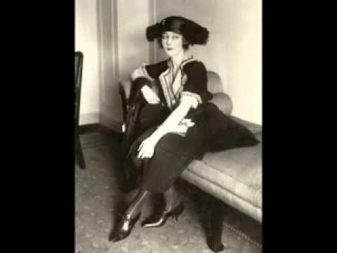 Mildred Harris - YouTube