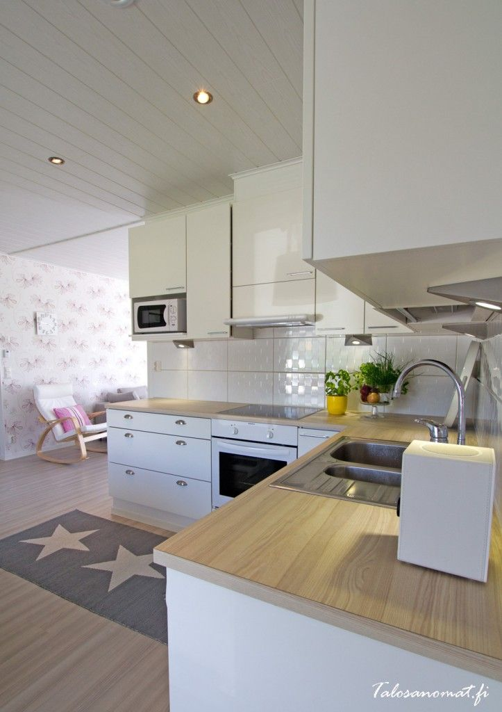 Design-Talo Piippola 136 keittiö