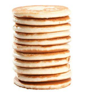 QUINOA PANCAKES - 73 calories per cake 2 grams protein (& Gluten Free!).  Because Trinh loves pancakes..