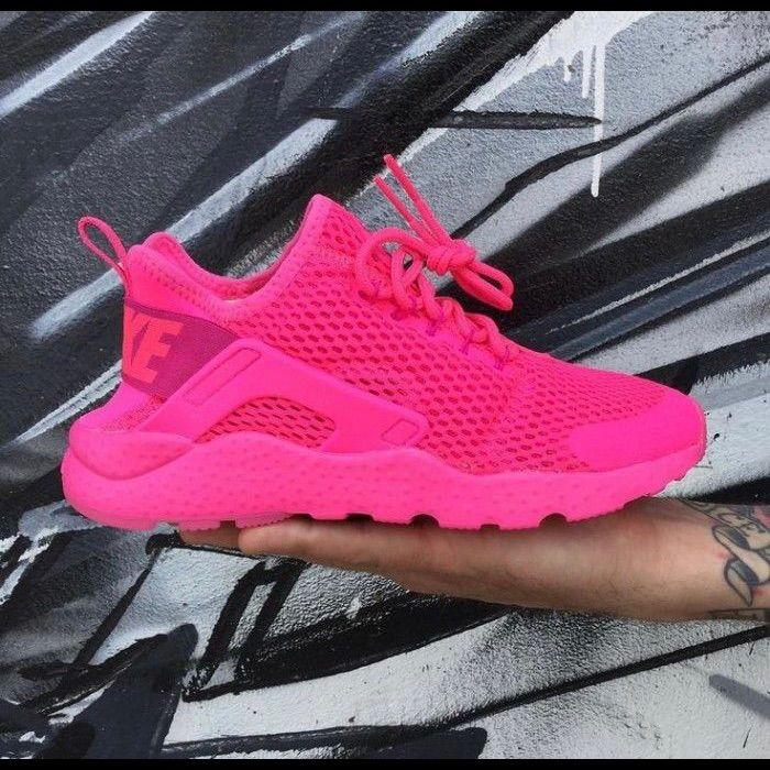 Pink women's Nike Huarache in 2021 | Huaraches shoes, Nike air ...