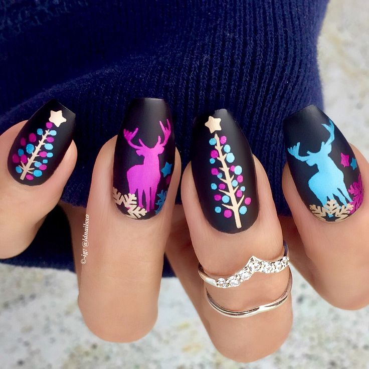 Christmas Tree / Deer Nails / Nail Art - Click link below this photo for full description ©-ig: @ldnailsxo - - CZ Rings are from Indigolune.com