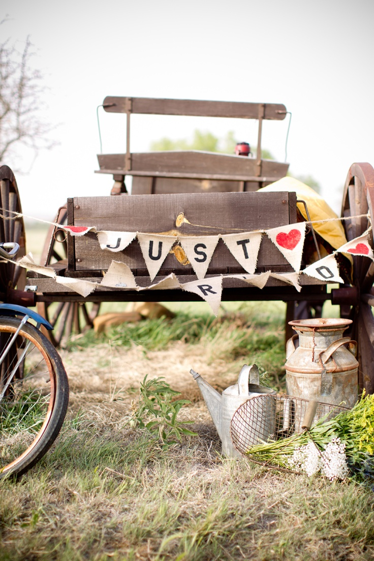 9 best images about old wooden wagons on pinterest for Things to do with old wagon wheels