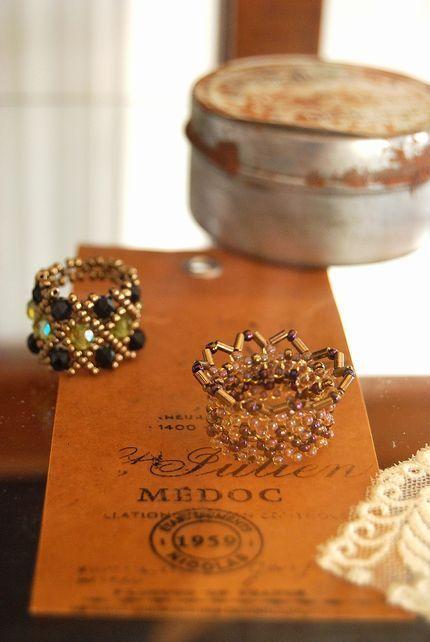 beads ring crown