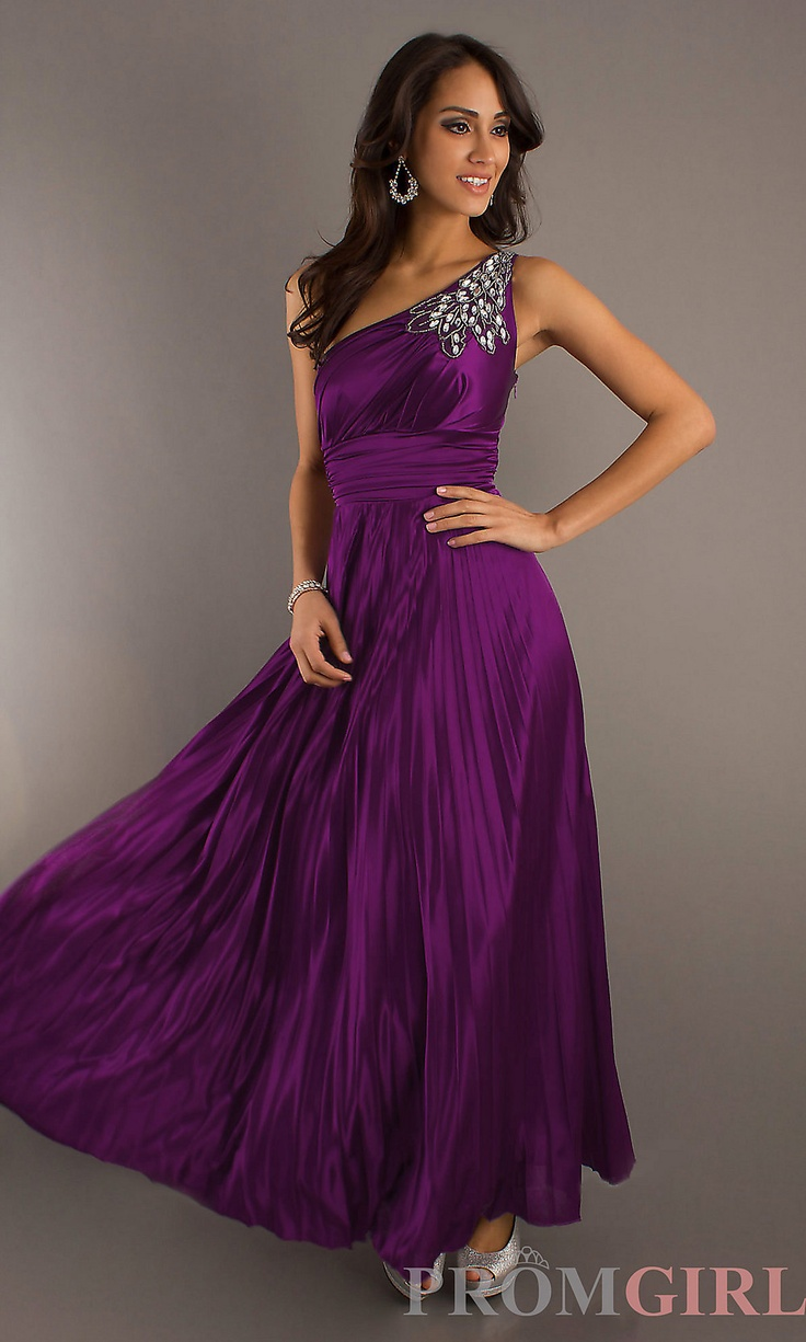 82 best Prom Dresses images on Pinterest   Evening gowns, Formal ...