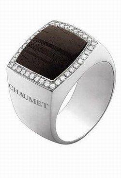 Bague Chaumet : Chevalière en or et bois : Chaumet - Accessoires bijoux…