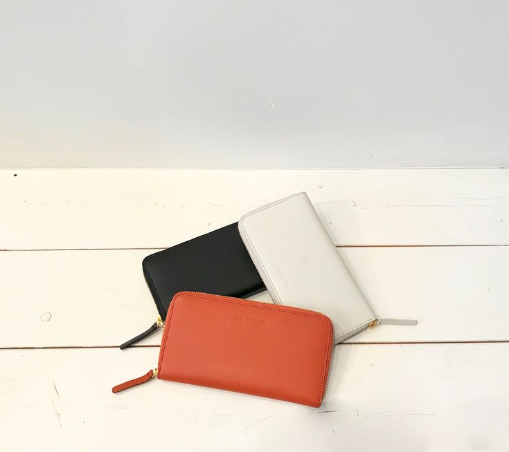 The Stowe Zip Wallet in Clay, Paprika and Black // Garmentory