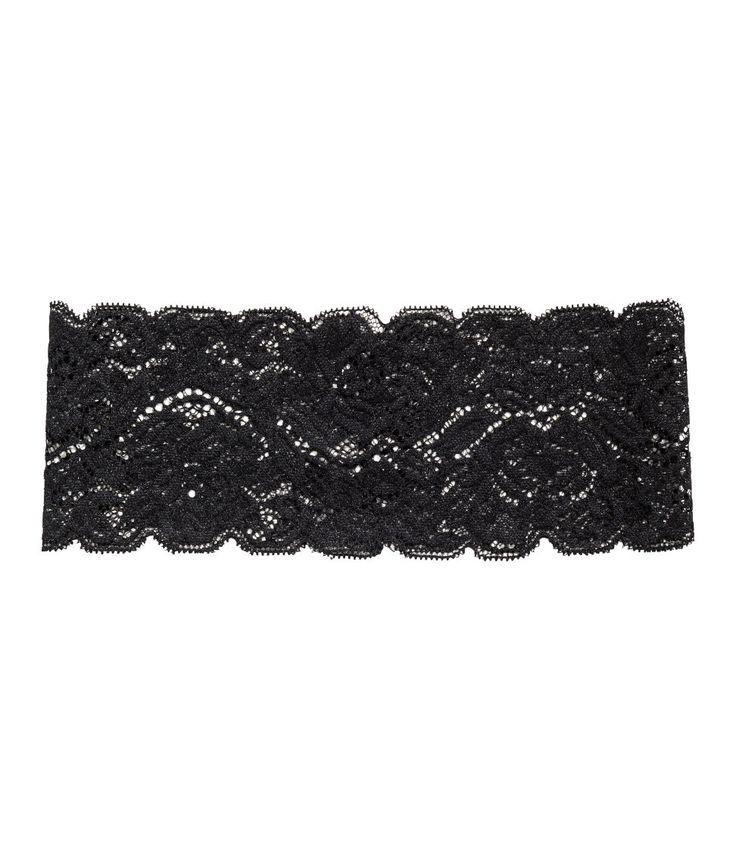 Kolla in det här! Ett brett, elastiskt hårband av spets. - Besök hm.com för ännu fler favoriter.