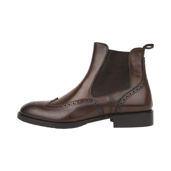 Chelsea boots from #Pollini l #DesignerOutletParndorf