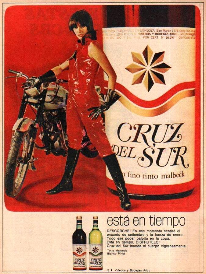 Vino CRUZ DEL SUR, 1966. Modelo, Mirta Massa.