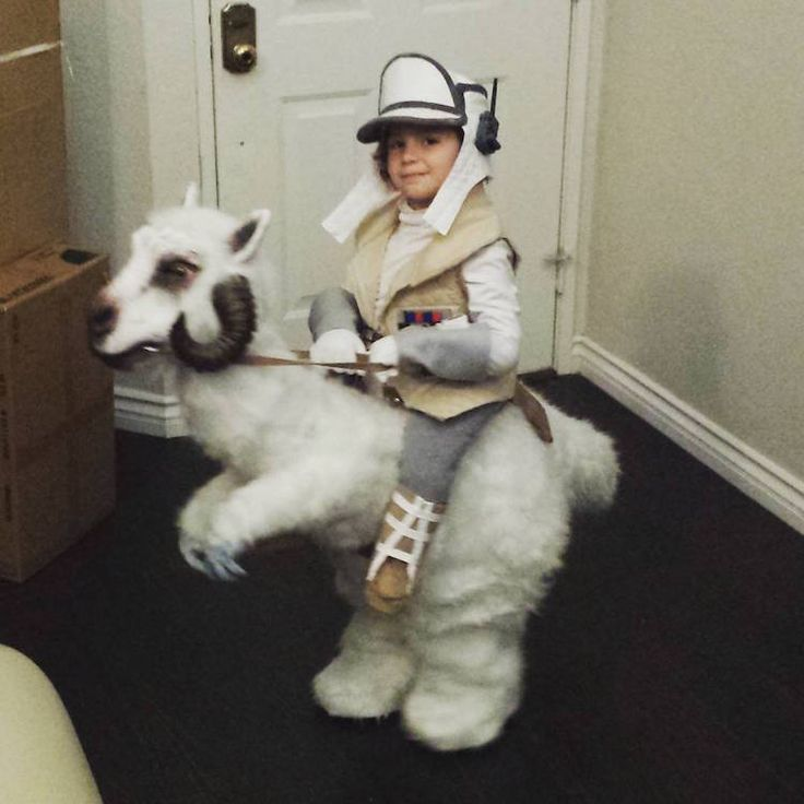 While many kids will spend October 31st this year trick-or-treating as Rey or Kylo Ren from The Force Awakens, one young boy will be celebrating a very classic Star Wars Hothoween. Clint Case, a leather artist and loving father, designed a one-of-a-kind Tauntaun for his son. The mythical Tauntauns—those shaggy and horned snow lizards that …