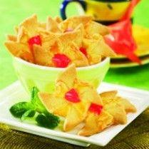 KUE KERING CERI VANILA http://www.sajiansedap.com/recipe/detail/7320/kue-kering-ceri-vanila