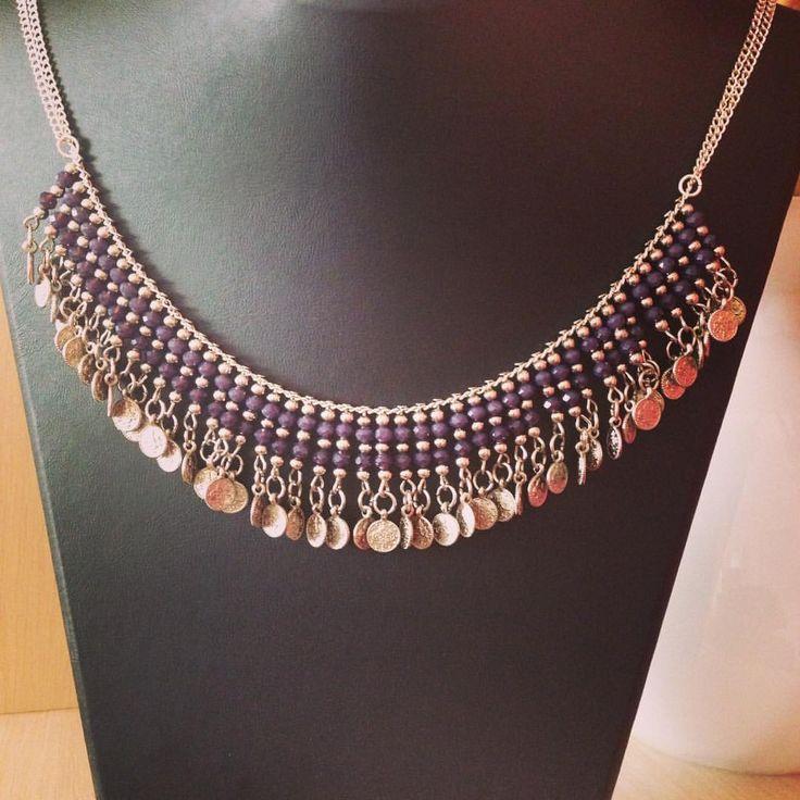 Mor tonlarında kristaller ve antik paralarla süslenmiş el yapımı kolye #incikboncuk #takı #aksesuar  - incikboncuks