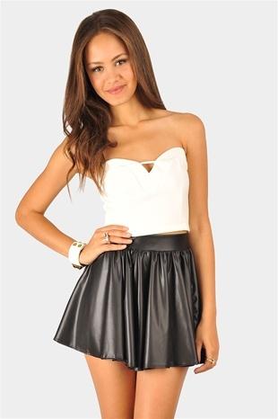 """hottie in a short skirt"""
