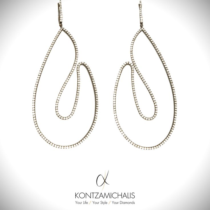 Our #linesCollection is a perfect much for those seeking elegant and delicate designs. #KontzamichalisJewellery