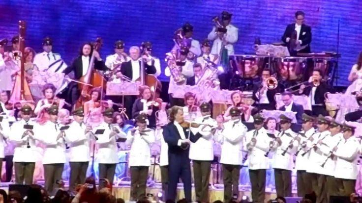 André Rieu con Orfeón de Carabineros en Chile 2013