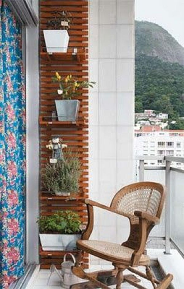 Si intr-un balcon se poate amenaja o mica gradina cu flori – 16 idei frumoase Si intr-un balcon se poate amenaja o mica gradina cu flori! De aceea propunem sa ne inspiram cu totii din aceste 16 idei frumoase http://ideipentrucasa.ro/si-intr-un-balcon-se-poate-amenaja-o-mica-gradina-cu-flori-16-idei-frumoase/ Check more at http://ideipentrucasa.ro/si-intr-un-balcon-se-poate-amenaja-o-mica-gradina-cu-flori-16-idei-frumoase/