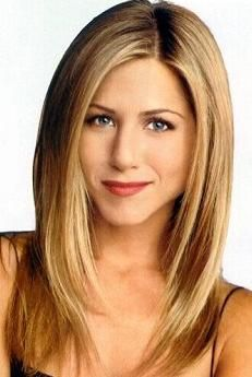 Jennifer Anniston - hard to find a pic of her when she isn't wearing horribly unflattering colors, or, ahem, nothing at all.