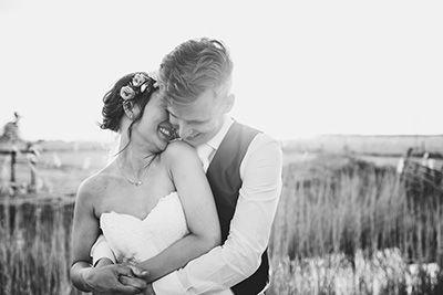 Romantic shoot during sunset | Wedding Photography | Anouk Wubs Photography