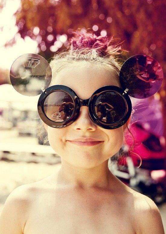 Pinkwingsphotographi Cathgk, Little Girls, Precious Children, Summer Style, Kids Fashion, Sunglasses Specs, Fashion Kiddie, Round Sunglasses, Kids Glasses