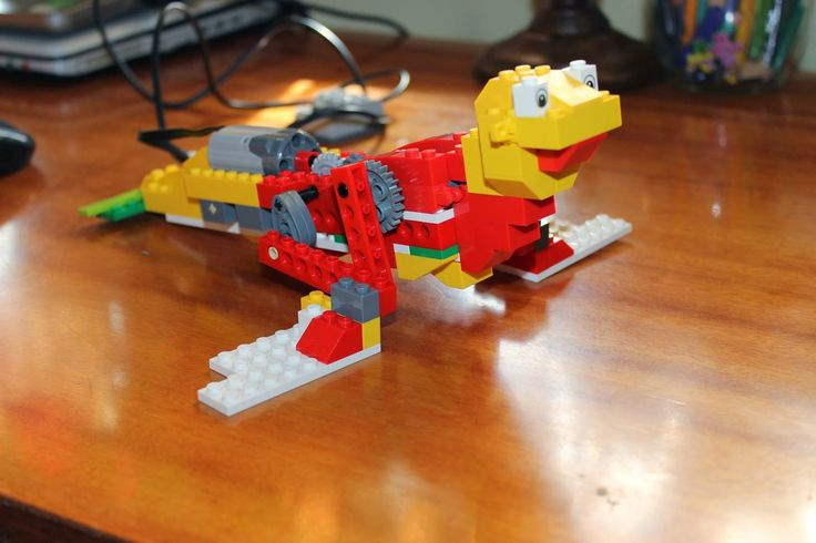 WeDoBots: A blog about LEGO WeDo, with projects and resources for teachers as well as videos and more.
