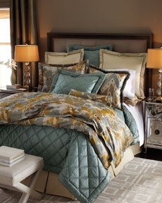 beautiful pattern and colorsDecor Ideas, Bedrooms Master, Favorite Places, Master Bedrooms, Brown Bedrooms, Beds Linens, Horchow Bedspreads, Bedrooms Decor, Bedrooms Ideas