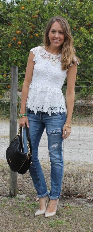 Js Everyday Fashion: Todays Everyday Fashion: Crochet Peplum