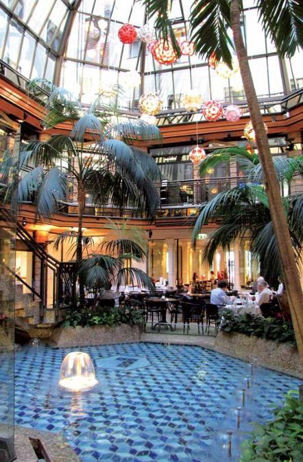 111 Orte in München, die man gesehen haben muss | Stadt - Cafe Luitpold, Brienner Strasse 11 (Altstadt)
