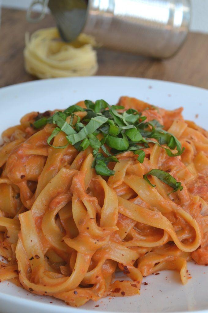 One-Pot-Pasta mit Thunfisch Rezept zum Selbermachen - Familienrezepte zum Selberkochen.
