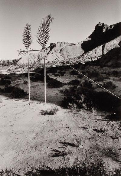 Ettore Sottsass | Metafore | Disegno di una porta per entrare nell'ombra, 1973