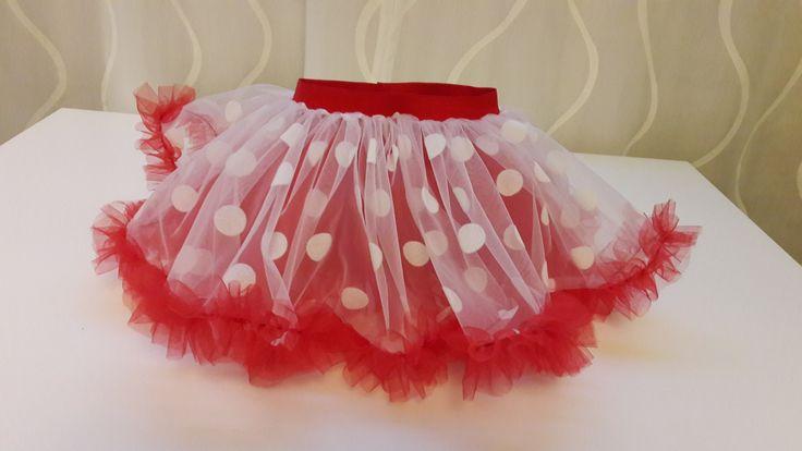 Юбочка для маленькой девчушки в образе Мини-Маус. https://vk.com/bridalfabrics?w=wall-47962129_105443%2Fall
