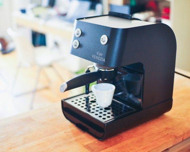 Starbucks Barista Aroma Coffee Maker Manual : 10 best Coffee Makers images on Pinterest Coffee machines, Coffee maker and Coffee maker machine