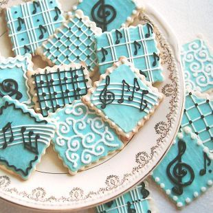treat favors with music <3