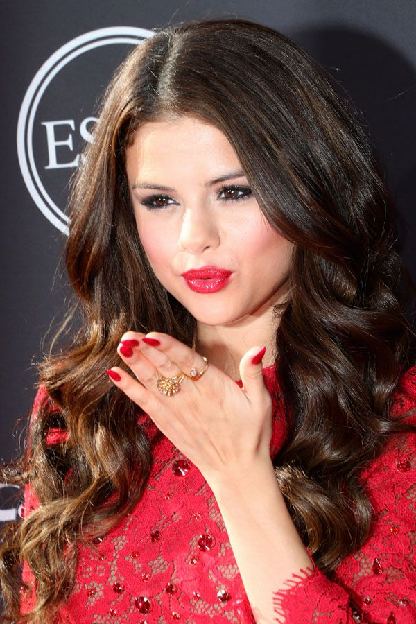 Selena Gomez ESPY Awards http://beautyeditor.ca/2013/07/19/the-best-red-carpet-beauty-from-the-years-biggest-night-in-sports/
