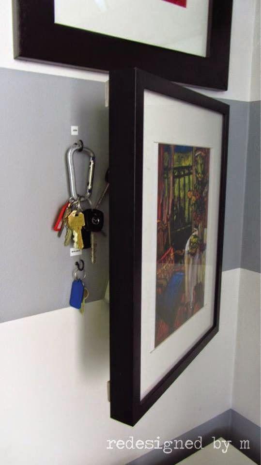 Et voici une astuce pour ranger vos clés à l'abri des regards indicrets ! Edifit #AménagementInterieur #AmenagementMaison