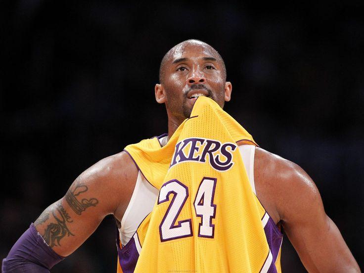 """Egyelőre jól halad Kobe Bryant, az NBA-ben szereplő Los Angeles Lakers rehabilitációs programja, így van rá esély, hogy nem kell kihagynia a szezonnyitót. Kobe Bryant továbbra is a visszatérésén és gyógyulásán fáradozik. Ennek érdekében pedig mindent megtesz. """"Egyelőre nagyon jól alakul a helyzete, és eddig minden rendben halad, ott tartunk, ahol kell."""" – mondta John […]"""
