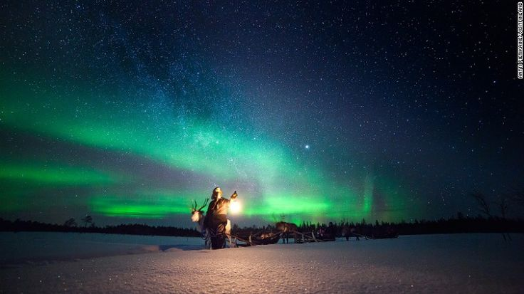 <strong>Best places to see the Northern Lights: </strong>Northern Alaska, Canada, bits of Greenland, northern Scandinavia and northern Scotland --<strong> </strong>all located somewhere between 66 to 69 degrees north -- are all blessed with some of the world's most active Northern Lights displays. Here are where to have the most spectacular Northern Lights trips.