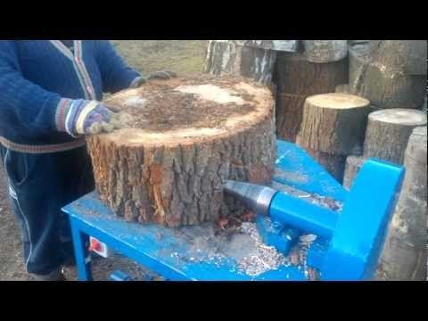 Rębak świdrowy, łuparka do drewna- dąb nie ma szans;) 1/3 - YouTube