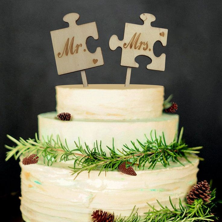 The finishing touch for your beautiful wedding cake. Choose from our 3 options. Just add to the top of your cake and modify it immediately. Great for wedding cakes and engagement cakes. Puzzle Cake To