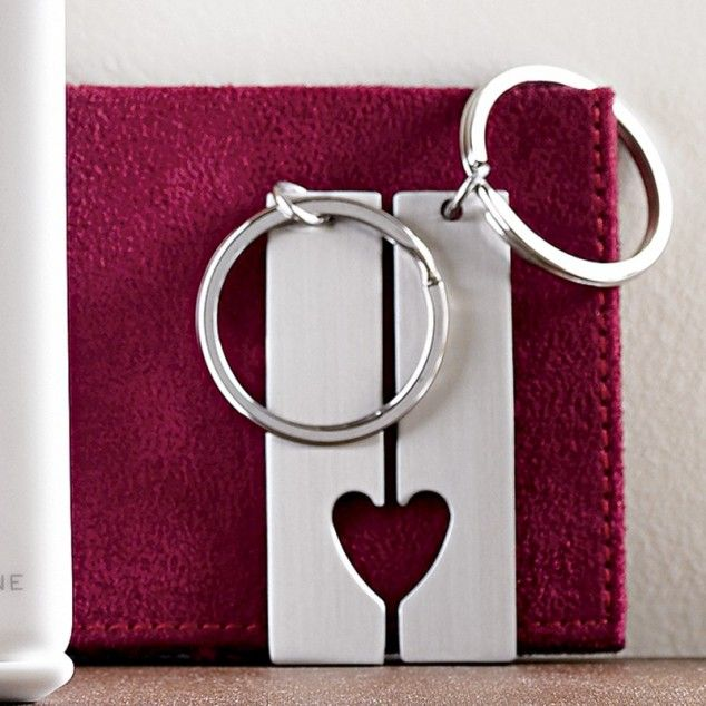 Couple's key chains - 21 Creative DIY Valentine Day Gifts For Him