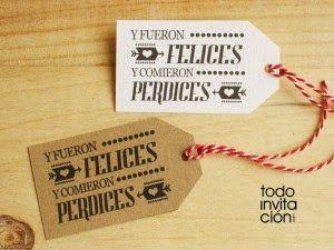Cuando entregues los regalos de tus invitados de boda, seguro que te gusta que el packaging (envoltorio) sea bonito y todo esté cuidado con detalle. Y es que una buena presentación es importante y está claro que nos entra por los ojos. Personalizar los regalos de tus invitados los convertirá en especiales y únicos. Por eso, hoy en el blog os regalo unas etiquetas imprimibles para los regalos de l ...