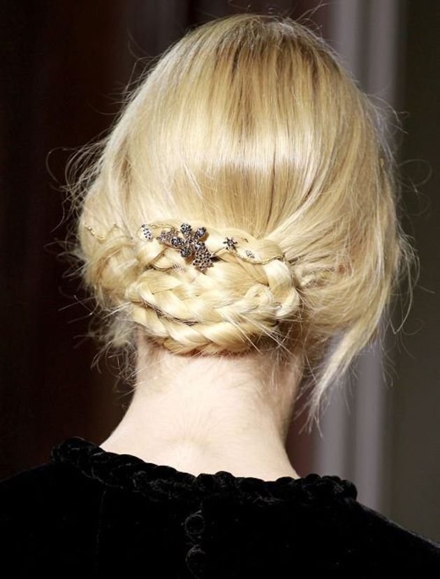 Penteados - Style - Be StyleBraids Hairstyles, Glamorous Hair, Messy Buns, Bridal Hair, Fishtail Braids, Hair Style, Hairstyles Ideas, Braids Buns, Haute Couture