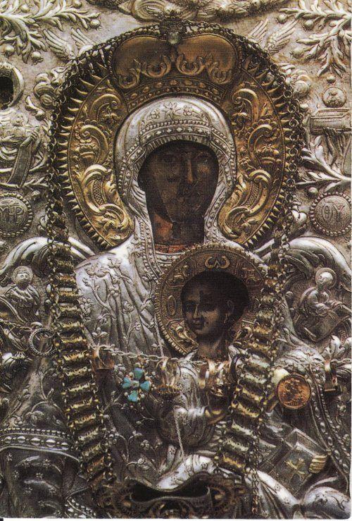 Η Παναγία η Μυροβλύτισσα στην Μονή του Αγ.Νικολάου στην Άνδρο La Toute Sainte  Myrovlytissa du monastère de Saint-Nicolas à Andros