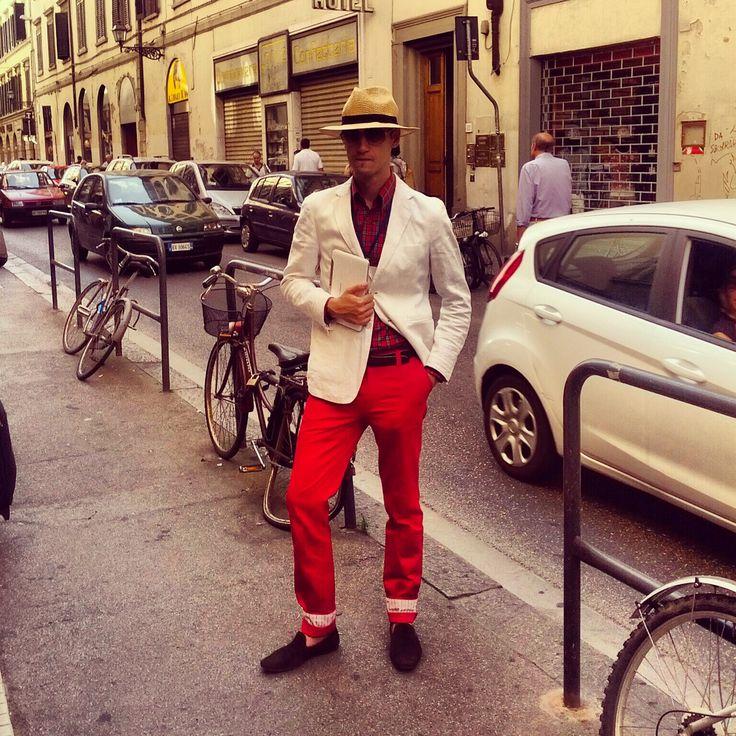 @pitti Uomo 84 in Firenze. Panama hat, linen blazer, Ra-Re pants, Gabriel Bespoke loafers!