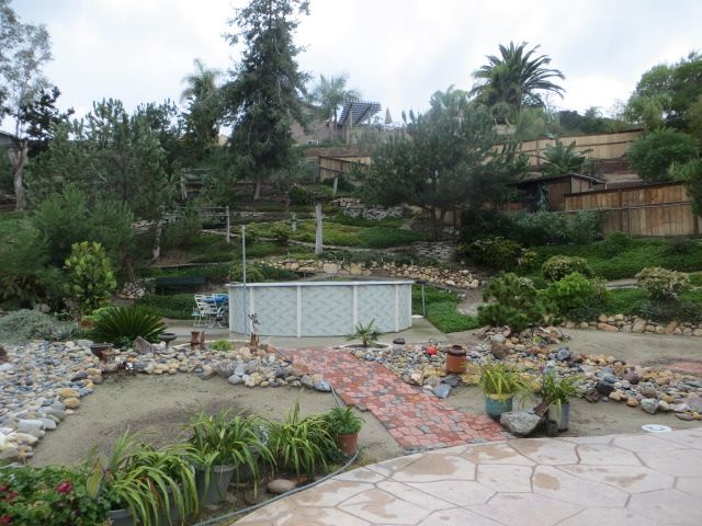 Front yard uphill need level on Uphill Backyard Landscaping Ideas id=70645