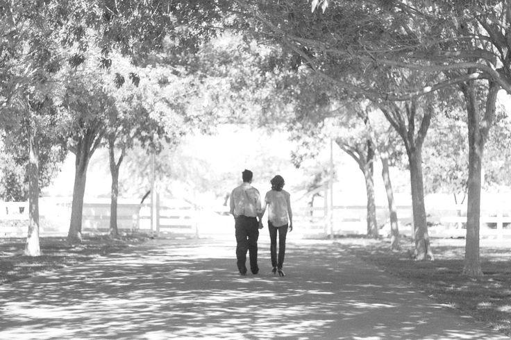 romantic cute young couple pictures outfit ideas for couples photoshoot idea // julia stockton photography las vegas nevada photographer floyd lamb park